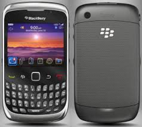 BlackBerry Curve 3G 9330 front and side view