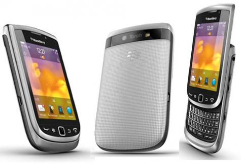 BlackBerry Torch 9810 front and side view